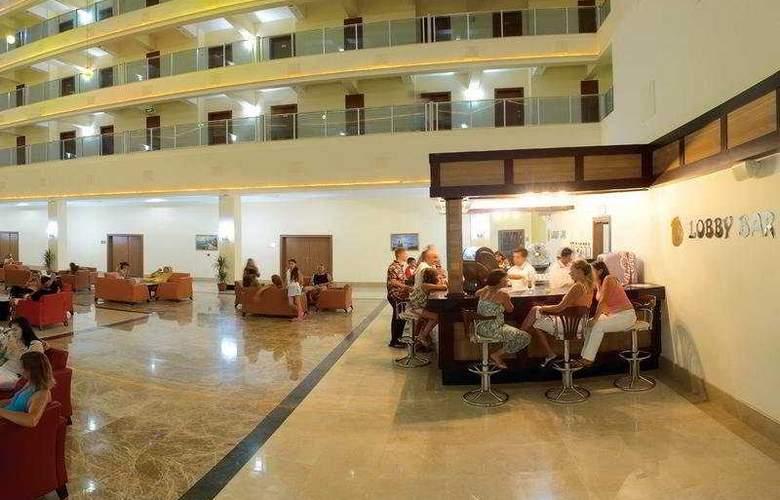 Laphetos Beach Resort & Spa - Bar - 6