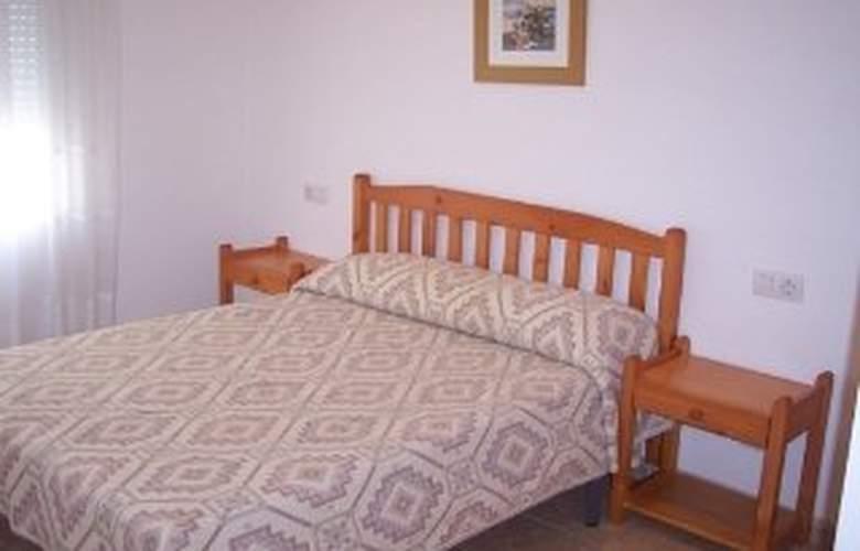 Apartamentos Ferran I - Room - 4