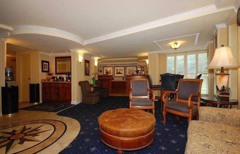Best Western Rosslyn/Iwo Jima - Hotel - 28