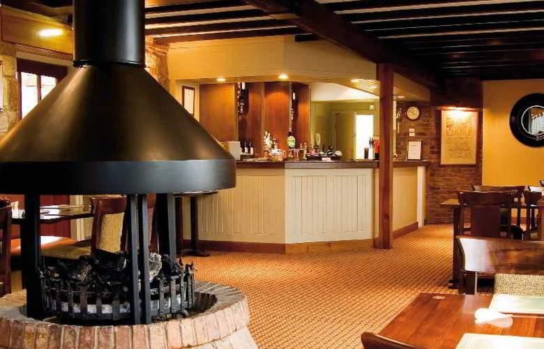 Macdonald Linden Hall - Bar - 6