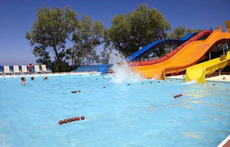 Atlantica Eleon Grand Resort and Spa - Pool - 14