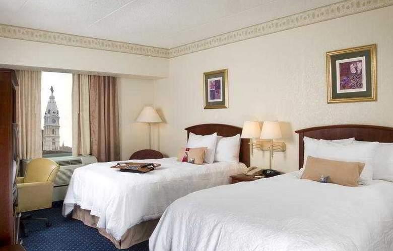Hampton Inn Center City - Room - 5