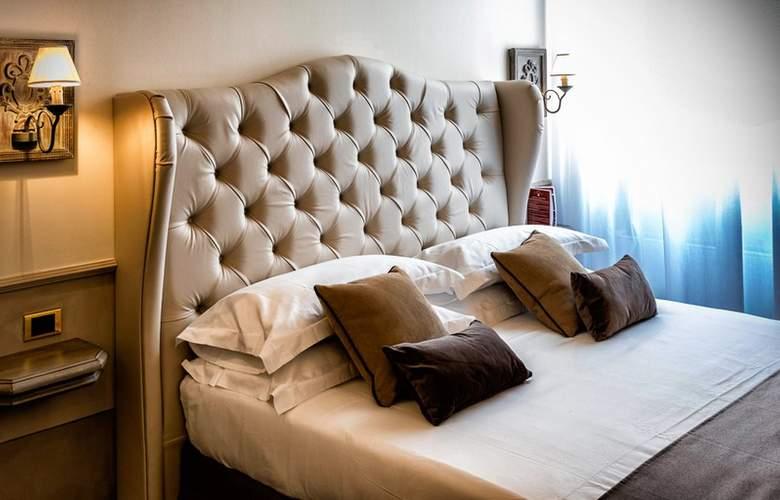 Palazzo Lorenzo - Room - 2