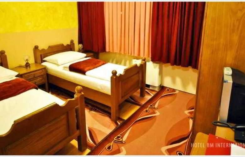 BM Interational Hotel - Room - 6