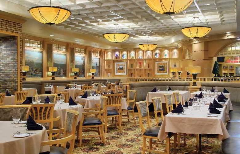 Gold Coast Hotel & Casino - Restaurant - 13