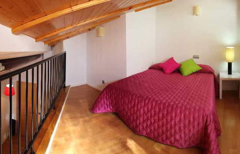 Apartamentos Lonja - Room - 5