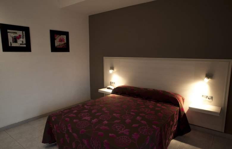 Planas - Room - 14