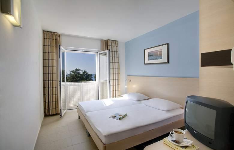 Valamar Pinia Hotel - Room - 5