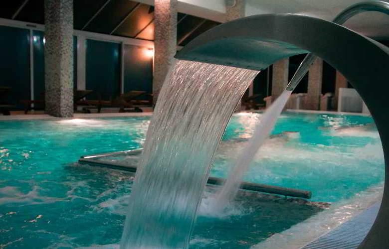 Les Dryades golf & Spa - Pool - 25