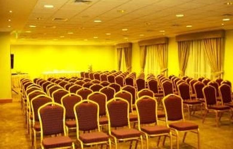 Lomas Verdes Concepcion - Conference - 6