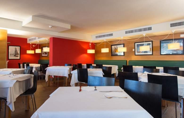 Bellevue Club - Restaurant - 25