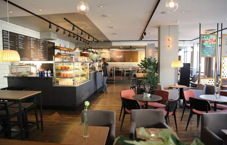 First Atlantica - Restaurant - 4