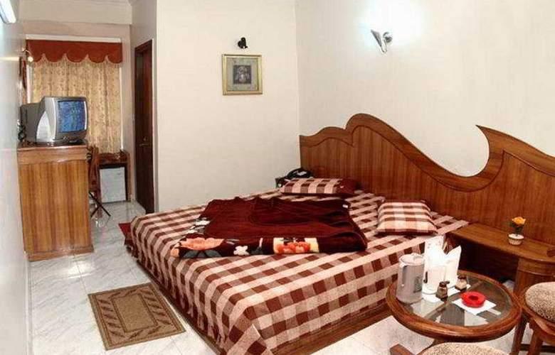 C Park Inn - Room - 3