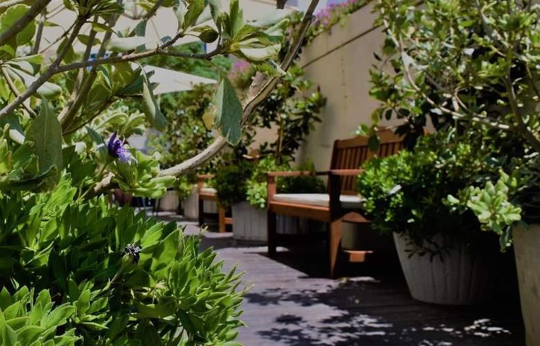 Olympia Hotel - Terrace - 6