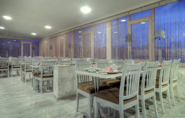 Abro Sezenler - Restaurant - 3