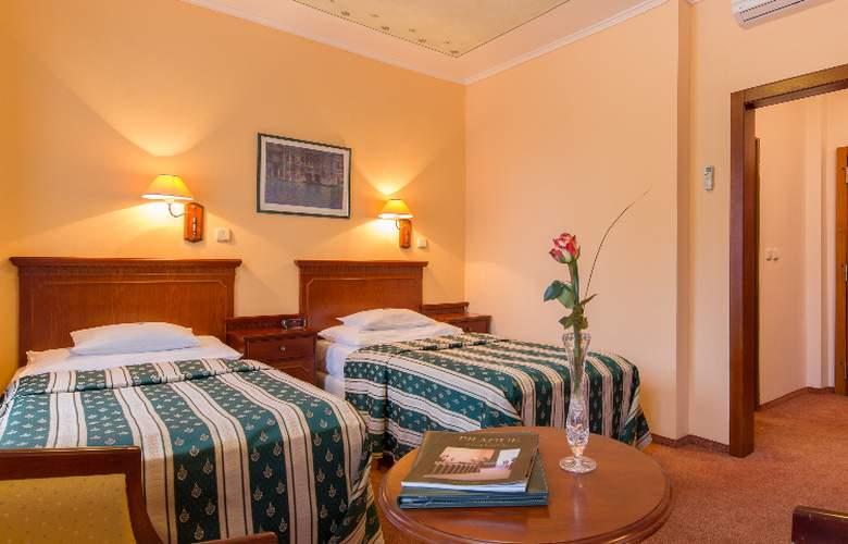 Best Western Hotel Meteor Plaza - Room - 25