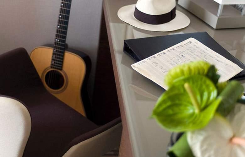 AC Hotel Ambassadeur Antibes - Juan les Pins - Room - 15
