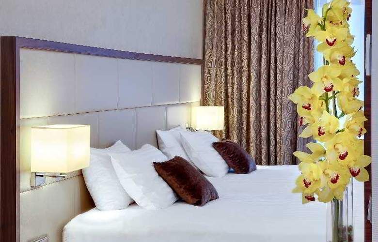 DoubleTree by Hilton Warsaw - Room - 19