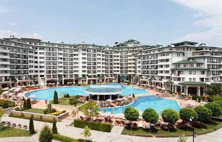 Emerald Beach Resort & Spa - Hotel - 0