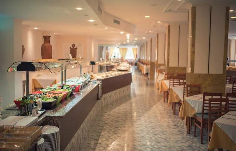 Azuline Coral Beach - Restaurant - 22