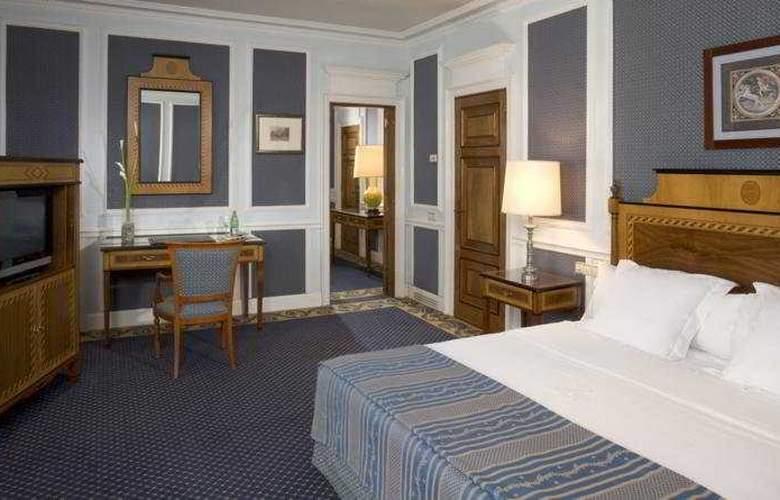Eurostars Hotel de la Reconquista - Room - 5