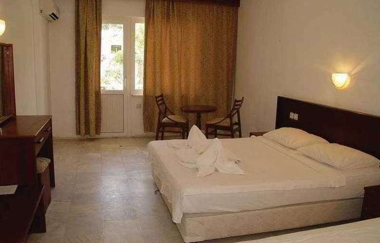 Pelin Hotel Turunç - Room - 2