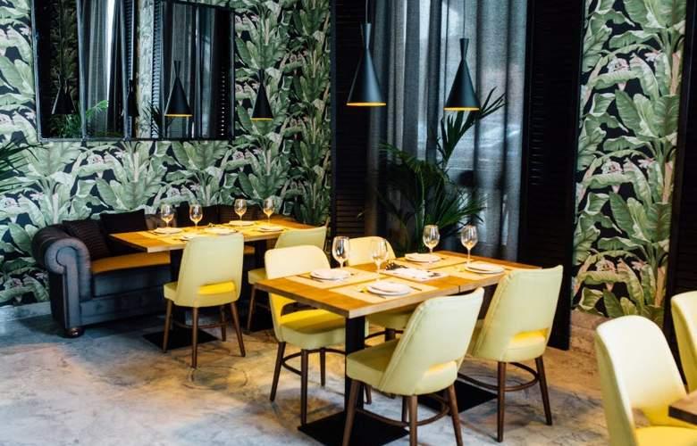 Malcom and Barret - Restaurant - 4