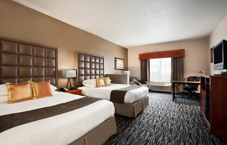 Best Western Plus Peppertree Auburn Inn - Room - 81