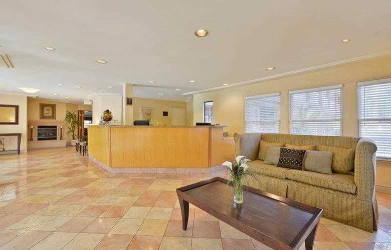 Best Western Plus Mountain View Inn - Hotel - 19