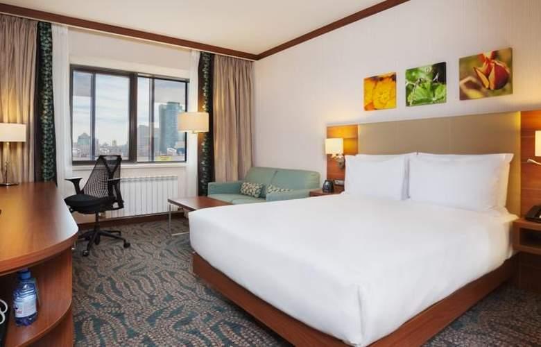 Hilton Garden Inn Astana - Room - 2