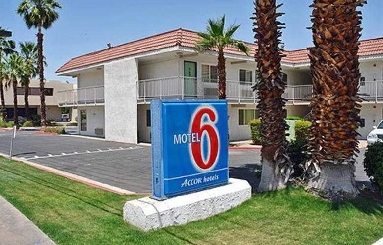Motel 6 Palm Springs Rancho Mirage - Hotel - 0
