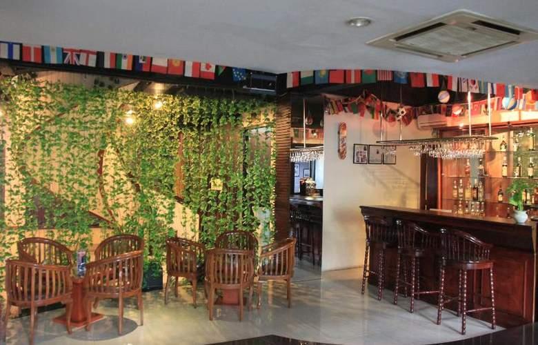 Jayakarta Tower - Bar - 11