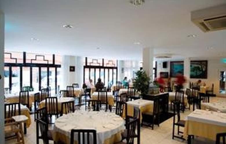 Loar Ferreries Apartamentos - Restaurant - 5
