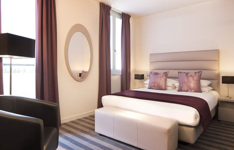 Executive Hotel - Room - 8