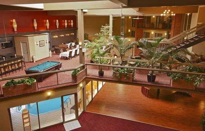 Best Western Plus Laval-Montreal - Hotel - 13