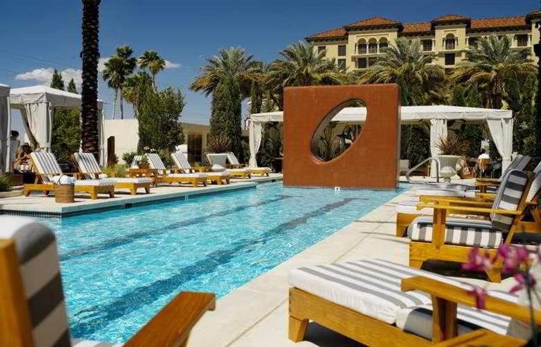 Green Valley Ranch Resort & Spa Casino - Pool - 6