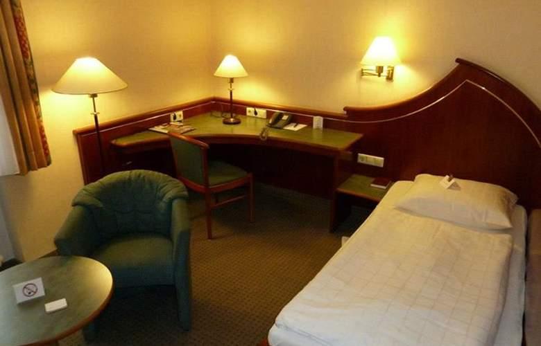 Wartburg - Room - 1