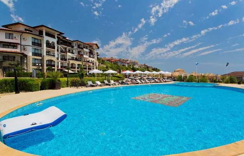 Palace Marina Dinevi - Pool - 3