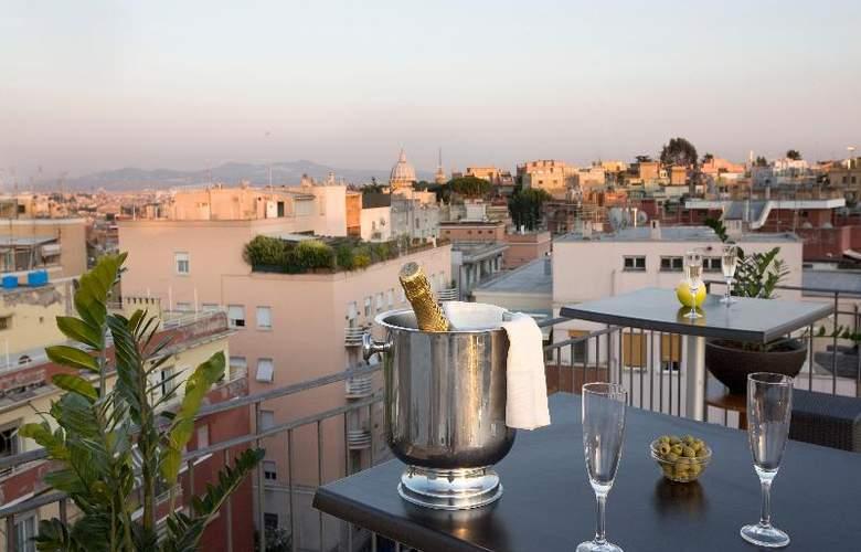 Grand Hotel Tiberio - Terrace - 28
