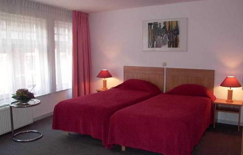RHO Hotel - Room - 2
