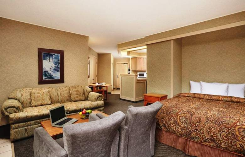 Lake Louise Inn - Room - 9