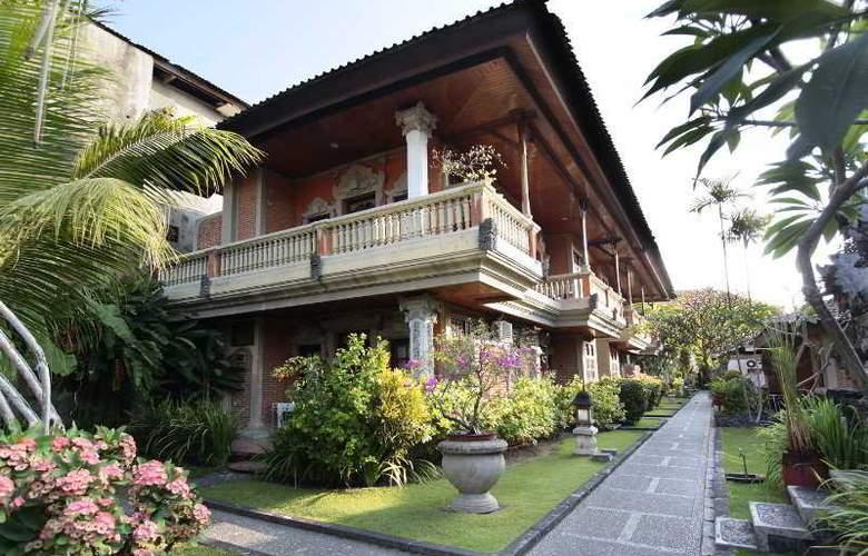 Adi Dharma Cottages - Hotel - 0