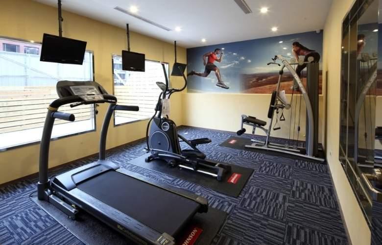 Mai Hotel Nanjing - Sport - 2