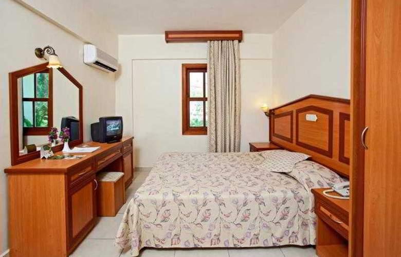 Club Tuana - Room - 1