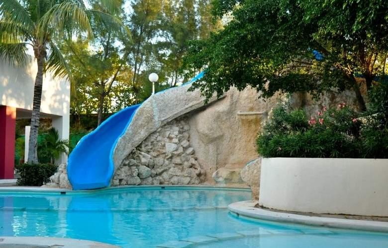 Oasis Palm - Pool - 6