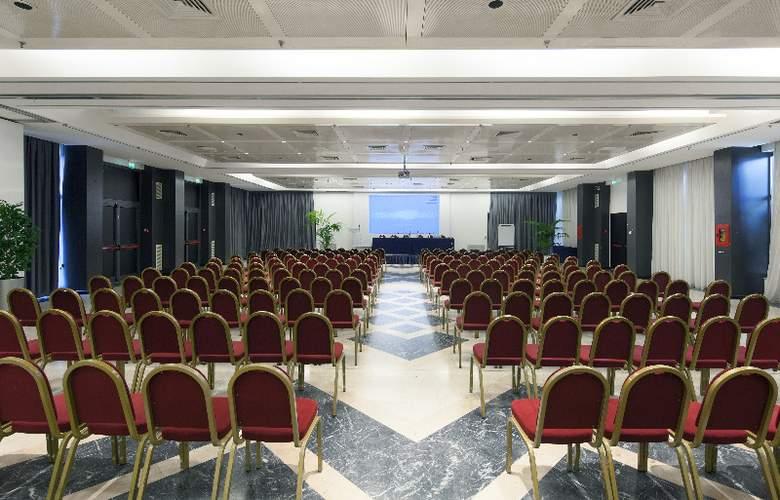 NH Midas - Conference - 5