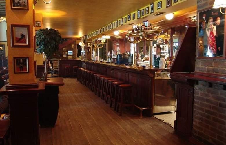 The Movie Hotel - Bar - 2
