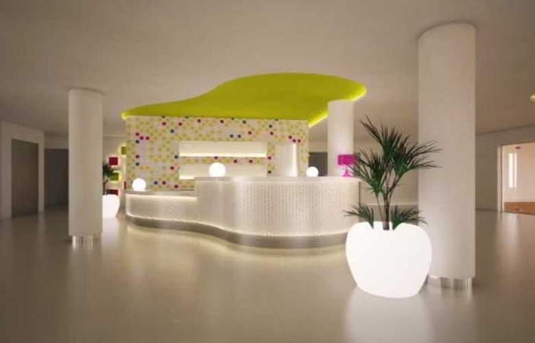 Smartline Anba Romani - Hotel - 0