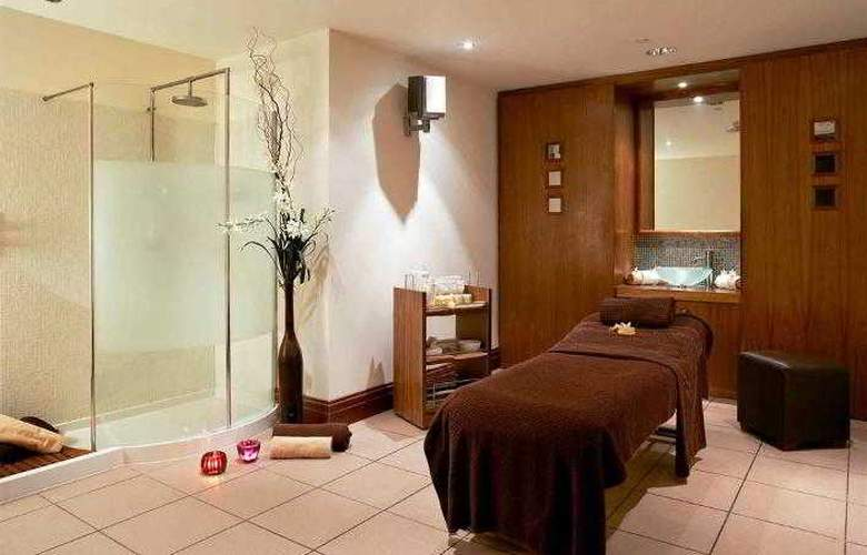 Mercure Cardiff Holland House Hotel and Spa - Hotel - 4