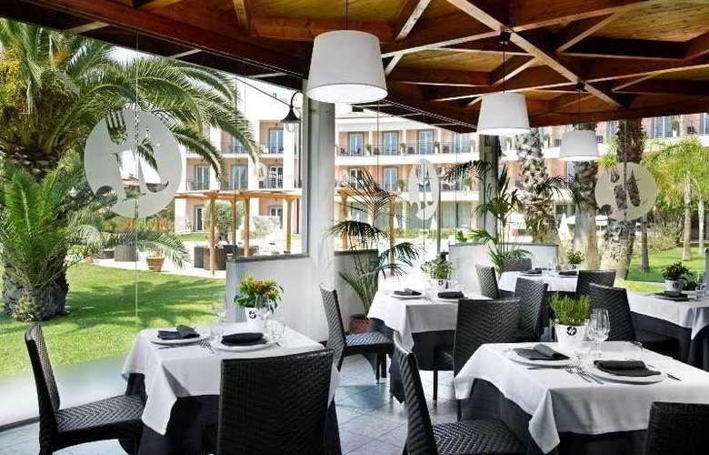 Isola Sacra Rome Airport - Restaurant - 17